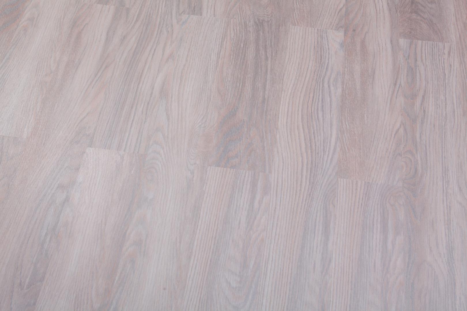 Виниловый ламинат Forbo Дуб европейский 4022